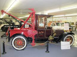 100 First Truck Ever Made 1913 Locomobile With The Homes 4Ton Wrecker Internation Flickr