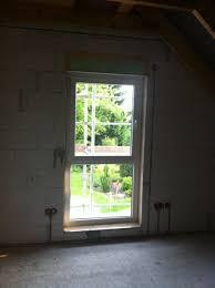welche fenster fürs kinderzimmer dachfenster vs bodentiefe