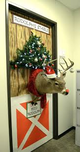 Office Cubicle Christmas Decorating Ideas by Cubicle Holiday Decorating Contest Office Christmas Beautiful Door