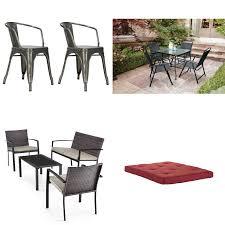 100 Mainstay Wicker Outdoor Chairs Pallet 8 Pcs General Merchandise Customer Returns S