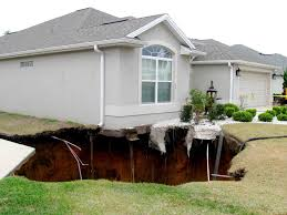 Sinkholes Alachua County Fl by Sinkhole In The Villages Byduncan Com