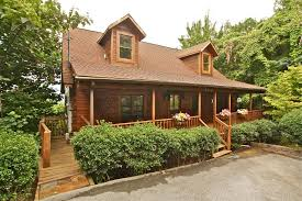5 Bedroom Cabins In Gatlinburg by Spotted Fawn A 2 Bedroom Cabin In Gatlinburg Tennessee