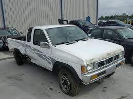 100 1995 Nissan Truck Side Damage 1N6HD16Y3SC329610