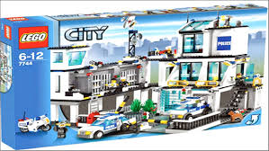 Lego Police Station Instructions 7744 | Lego Hobbies Lego 3221 City Truck Complete With Itructions 1600 Mobile Command Center 60139 Police Boat 4012 Lego Itructions Bontoyscom Police 6471 Classic Legocom Us Moc Hlights Page 36 Building Brpicker Surveillance Squad 6348 2016 Fire Ladder 60107 Video Dailymotion Racing Bike Transporter 2017 Tagged Car Brickset Set Guide And