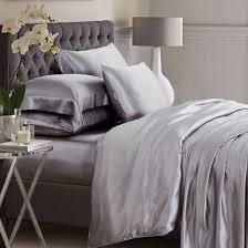 Lush Decor Serena Bedskirt by Best 25 Luxury Bedding Ideas On Pinterest Luxury Bed Luxurious