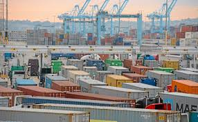 100 Metropolitan Trucking Federal Official Calls For Audit Of Trucking Fee At Ports Of LA