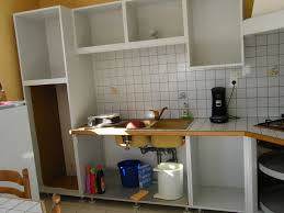 peindre meuble bois cuisine comment repeindre une cuisine en bois avec peinture meuble cuisine