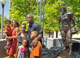 Texas' Ricky Williams Receives Statue At Football Statue | AUSTIN ... Nyc Jazz Intensive Obituaries Joyners Funeral Home Former Longhorns Star Ricky Williams Subject Of New Marijuana Film Arkansas Department Corrections 2017 February The Flyer Devin Booker Stats Details Videos And News Nbacom Run Nicky Ricky Dicky En Dawn Pinterest Dawn Nfl Football Healer Miami New Times Pat Cnaughton Jim Faces Of Ankylosing Spondylitis Texas Receives Statue At Austin