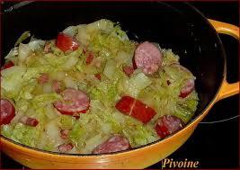 cuisiner le chou chinois cuit chou chinois à la saucisse de montbéliard cancoillotte