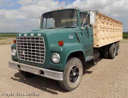 1972 Ford 750 Grain Truck | Item ER9083 | SOLD! October 3 Ag...