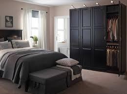 schlafzimmer ideen ikea dunkel kleiderschrank schwarz