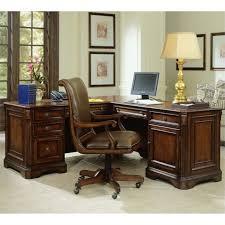 Hooker Furniture Brookhaven Executive L Shaped puter Desk