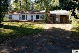 Local Real Estate: Homes For Sale — Jonesboro, LA — Coldwell Banker Local Real Estate Homes For Sale Jonesboro La Coldwell Banker Best 25 Diy Barn Door Ideas On Pinterest Sliding Doors 8 Louisiana Restaurants You Wish Were Still Open Today Only In Big Burgers Paul Hollywood Recipes How Long Grill Burgers Burger 2017 Barn Simply The In Tx 383 Best Party Images Food Bagels And Company Chicago Photographer Larry Hanna Hannaphoto Las Vegas United States 6364617409656516secondstorypatiojpg 125 Ect
