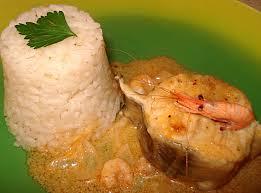 cuisiner du congre recette darne de congre aux oignons et crevettes