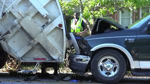100 Garbage Truck Accident Sanitation Workers Injured In Macon Traffic Accident 41NBC News