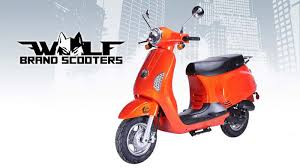 There Are Plenty Of 150 Cc Scooters Out In Keeping With The Look Lance Comes To Mind Its Havana Classic Vespa And Parent Company Piaggio