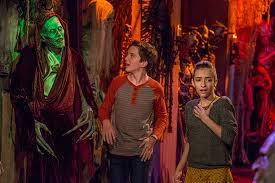 Halloween 2 Remake Cast by Fuller House Cast Plays Dress Up In New Halloween Photos Ew Com