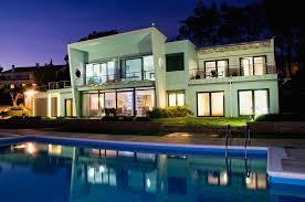 Luxurious And Contemporary Clifftop Villa In Algarve Portugal