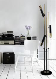 use floor ls in a reading corner
