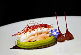 dressage des assiettes en cuisine trait point point très minimaliste by visions gourmandes