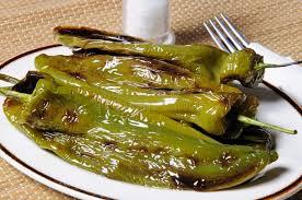cuisiner les poivrons verts tapas frits de poivrons verts espagne photo stock image du