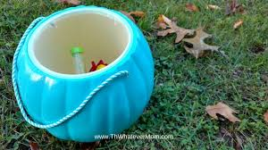 Best Halloween Candy To Give Out by Best Halloween Treats To Give Out Divascuisine Com