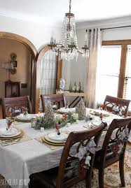 Beautiful Centerpieces For Dining Room Table by 5 Tips For Decorating The Dining Room For Christmas