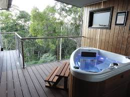 100 Treetops Maleny A Luxury Escape To The Of 30 Years Ago Ravensbourne