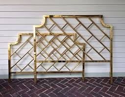 Bamboo Headboards For Beds by Best 25 Bamboo Headboard Ideas On Pinterest Tropical Bedroom