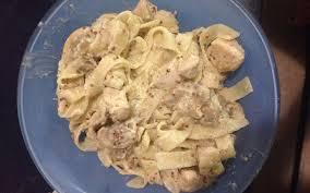 recette pate au creme fraiche recette pâtes au poulet chignon moutarde économique et