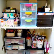 comment bien ranger une cuisine comment ranger les armoires de salle de bain