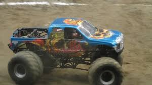 Instigator Freestyle - Monster Jam Pittsburgh, PA 2/15/14 - YouTube Instigator Xtreme Monster Sports Inc Jan 16 2010 Detroit Michigan Us January Truck Centre200 Madness Tour Photo Album Hot Wheels Jam Lot Of 3 Maniac Grave Digger 164 Year 2013 124 Scale Die Cast Metal Body Amazoncom 1st Editions New Dec Photos Allmonstercom Paul Breaud In Doing Freestyle Run Monstertrucks Youtube