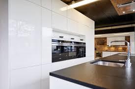 küche mit kochinsel preis küche mit geräten dan küchen
