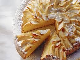 möhren mandel kuchen mit äpfeln