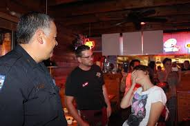 Tommys Patio Cafe Webster Tx by Pearland Webster Police Dept Officers Wait Tables For Special