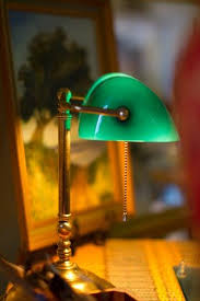 Green Bankers Lamp History by Best 25 Green Lamp Ideas On Pinterest Teal House Furniture Diy