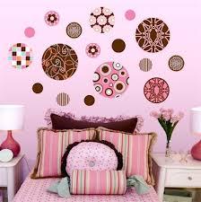 farbkombination im mädchenzimmer mit rosa und braun einrichten