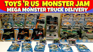 MONSTER JAM Toys 'R Us Delivery Scooby Doo Grave Digger Team Hot ... Monster Jam Ticket Giveaway Phoenix January 24 2015 Brie Stealth Blaze And The Machines Die Cast Hot Wheels 164 Anniversary Vehicle Toy At Mighty Monster Jam 124 Scale Nea Police Uncle Petes Toys Hotwheels Truck 68501 Brutus Diecast Walmartcom Scbydoo 2017 Scooby Doo With Team Flag Model Car Pinterest Wheelsreg Jamreg Assorted Target Julians Blog Earth Shaker New For Hotwheels Mattel Juguetes Puppen