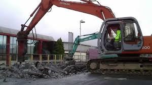 100 Jacks Truck And Equipment Hitachi EX200 And Kobelco Excavator With Jack Hammer Breaking