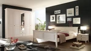 schlafzimmer kiefer massiv weiß lasiert im landhausstil