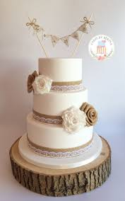 Vintage Themed Wedding Cakes