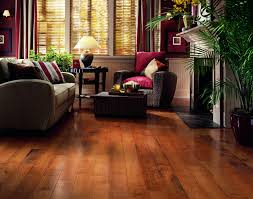 Tile Flooring Ideas For Family Room by Wood Laminate Flooring Interior Design Ideas F 82