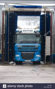 Washing Lorry Stock Photos & Washing Lorry Stock Images - Alamy