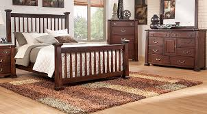 Rooms To Go Queen Bedroom Sets by Clairfield Tobacco 7 Pc Queen Slat Bedroom Queen Bedroom Sets