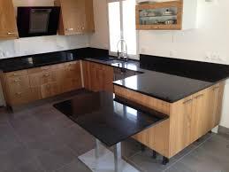 quartz cuisine table cuisine en quartz cuisine idées de décoration de maison