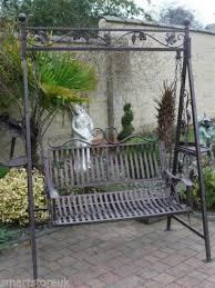 Metal Victorian Design Swinging Hammock Garden Swing Bench
