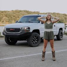 100 Country Girls And Trucks Hotgirlscountry Hash Tags Deskgram