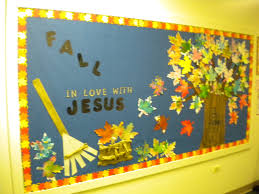 Kindergarten Christmas Door Decorating Ideas by Best 25 Christian Bulletin Boards Ideas On Pinterest Bible
