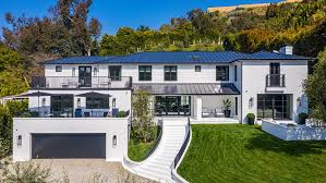 104 Beverly Hills Houses For Sale Inside A 16 5 Million Private Oasis In The Heart Of Robb Report
