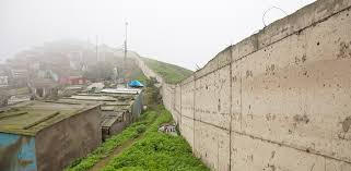100 Houses For Sale In Lima Peru A Wall Divides The Vian Capitals Rich And Poor The